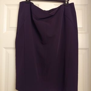 Lined pencil skirt